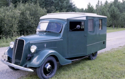 37Ford-OnTheRoad7a